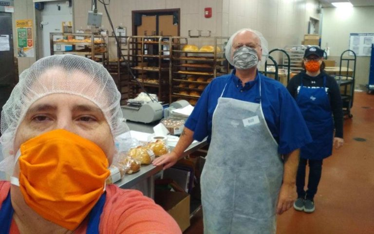 UFCW grocery workers wear masks and maintain 6ft distance in the bakery